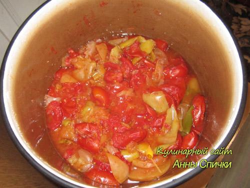 Кипятим овощи для домашнего кетчупа