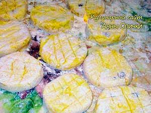 Как приготовить сырники с изюмом