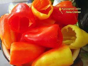 Как приготовить перец в томатном соке - шаг 1