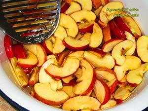 Яблочное варенье дольками - шаг 2