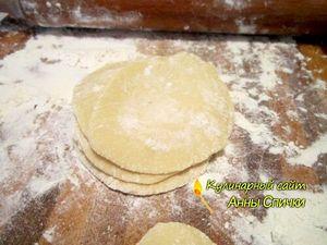 Как приготовить вареники с картошкой - шаг 2
