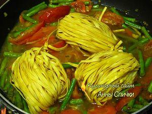 Как приготовить лапшу с овощами