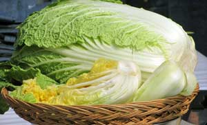 Как сделать салат из китайской капусты