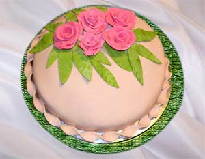 Торт медовик с мастикой