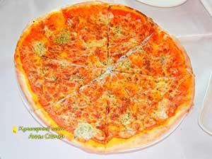 Как приготовить пиццу 4 сыра - шаг 6