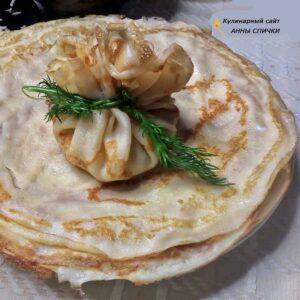 Тонкие блинчики с грибами и сыром