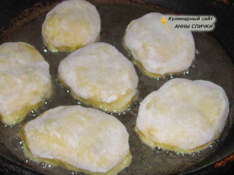 Пирожки с вишней жареные в масле