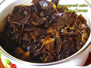 Как приготовить салат из древесного гриба