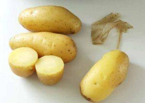 Как легко почистить картошку в мундирах