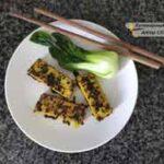 Тофу жареный с карри и кунжутом