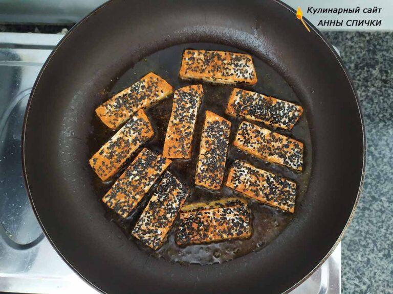 Жарим тофу на сковороде