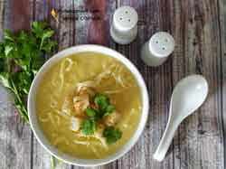 Суп-пюре из цветной капусты с сыром и сливками