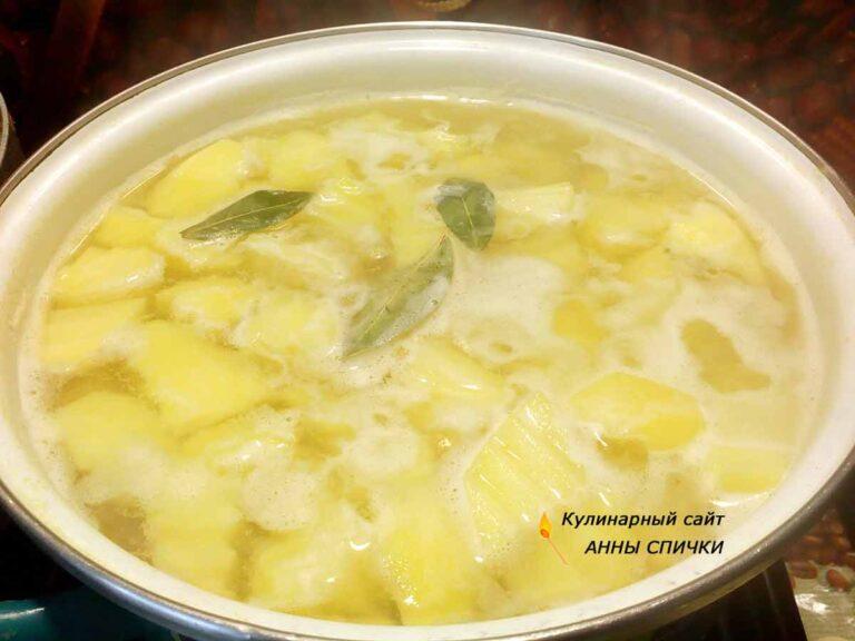 Готовим вкусный соус из картошки