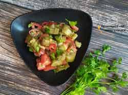 Диетический салат с запеченными баклажанами