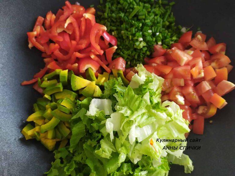 Режем зеленый салат